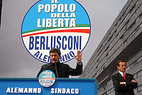 gianni alemanno durante la campagna elettorale per il sindaco di roma. gianni alemanno during his electoral campain for rome new major