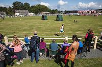 Scotland Highland games Bute Island<br /> Gara di corsa , spettatori