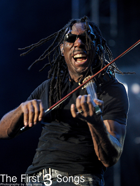 Boyd Tinsley of Dave Matthews Band performs during day two of the Dave Matthews Band Caravan at Lakeside on July 9, 2011 in Chicago, Illinois.