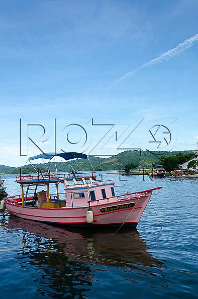 Barco no canal, Paraty- RJ, 01/2014.