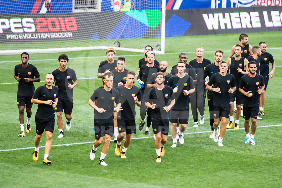 HARRISON, EUA, 21.07.2017 - BARCELONA-JUVENTUS -  Jogadores do Barcelona durante treino um dia antes da partida contra a Juventus pela International Champions Cup na Red Bull Arena na cidade de Harrison nos Estados Unidos nesta sexta-feira, 21. (Foto: William Volcov/Brazil Photo Press)