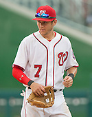 Washington Nationals second baseman Trea Turner (7) takes the field for the ninth inning against the Atlanta Braves at Nationals Park in Washington, D.C. on Sunday, August 14, 2016.  The Nationals won the game 9 - 1.<br /> Credit: Ron Sachs / CNP