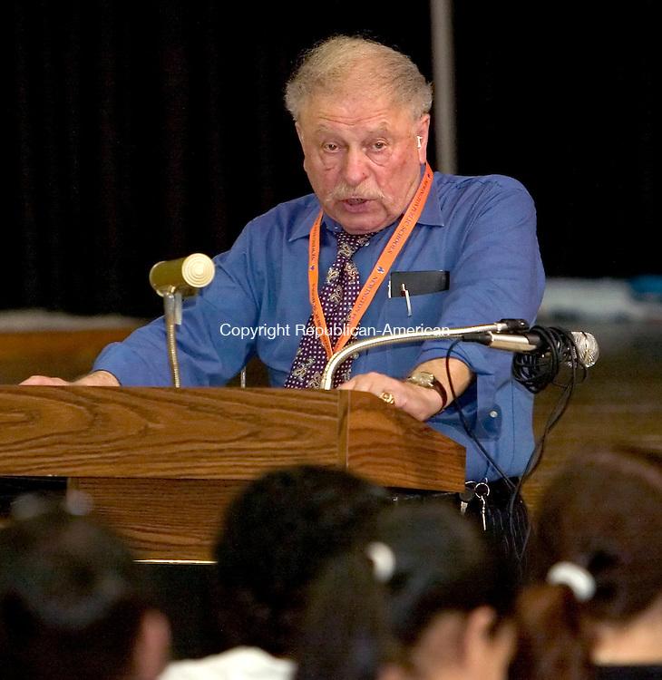 WATERBURY, CT. 23 April 2007-042307SV01--Joe Korzenik, an 80 year old Holocaust survivor spoke to students at Westside Middle School in Waterbury Monday.<br /> Steven Valenti Republican-American