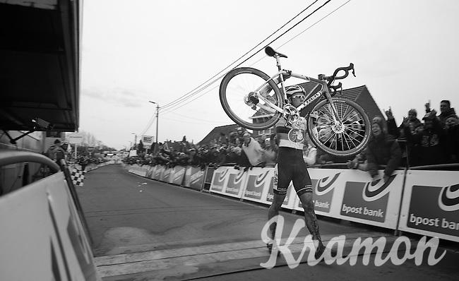 race winner: Sven Nys (BEL) kissing his new ride across the finishline<br /> <br /> GP Sven Nys 2014