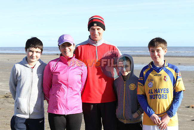 Luke, Veronica, Seamus and Daniel Reilly with Ronan Devine as Drogheda Marsh Cresent Football Club host a fun run for DYD...Photo NEWSFILE/Jenny Matthews..(Photo credit should read Jenny Matthews/NEWSFILE)