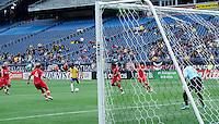 BOSTON, ESTADOS UNIDOS, 24 DE MARCO DE 2012 - AMISTOSO INTERNACIONAL - FUTEBOL FEMININO - BRASIL X CANADA -  Marta jogadora do Brasil, durante lance de partida contra o Canada em partida amistosa no Gillette Stadium New England Patriots na cidade de Boston nos Estados Unidos da America neste sabado, 24. O Brasil perdeu por 2 a 1. (FOTO: LUCIANA LEMMI / BRAZIL PHOTO PRESS).