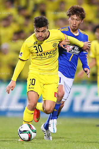 (L-R)<br /> Cristiano (Reysol),<br /> Hiroaki Okuno (Vegalta),<br /> MARCH 13, 2015 - Football / Soccer : <br /> 2015 J1 League 1st stage match between<br /> Kashiwa Reysol 1-1 Vegalta Sendai<br /> at Hitachi Kashiwa Stadium in Chiba, Japan.<br /> (Photo by Shingo Ito/AFLO SPORT)