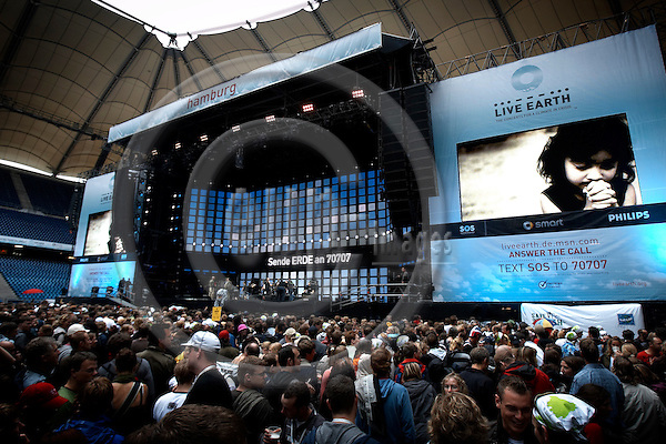 Capturefile: D:\DATA\Fotos\Negativer\Canon DSLR\20070707 Hamburg Live Earth Concert med Marie Mena fra Norge\20070707DEJ-0249.CR2..CaptureSN: 408990.065689..Software: Capture One PRO for Windows..