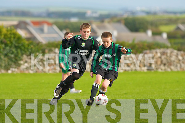 Fenit's Des McCarthy and Listowel's Calum Finnegan..   Copyright Kerry's Eye 2008