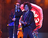 WEST PALM BEACH - MAY 02: Chester Bennington and Dean DeLeo of Stone Temple Pilots perform during Day 4 of Sunfest on May 2, 2015 in West Palm Beach, Florida.(Photo By Larry Marano (C) 2015