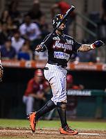 Eric Young Jr. de Naranjeros, durante partido3 de beisbol entre Naranjeros de Hermosillo vs Mayos de Navojoa. Temporada 2016 2017 de la Liga Mexicana del Pacifico.<br /> © Foto: LuisGutierrez/NORTEPHOTO.COM