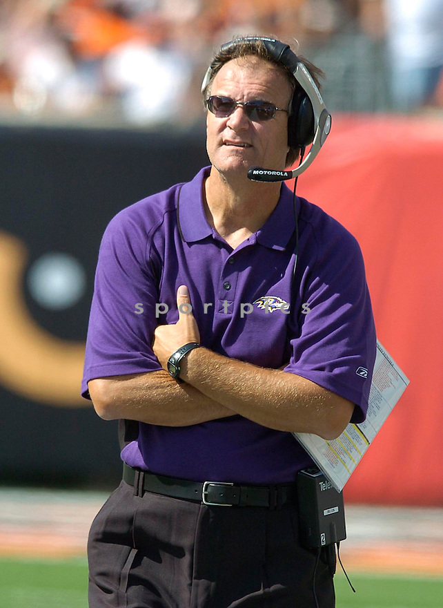 Brian Billick during the Ravens v. Bengals game on September 26, 2004..Chris Bernacchi / SportPics