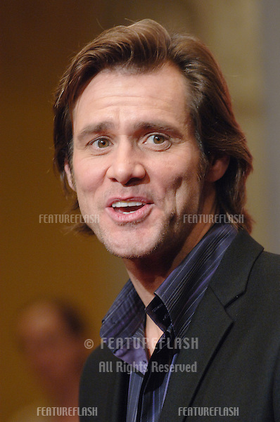 Actor JIM CARREY at the Los Angeles premiere of his new movie Fun With Dick and Jane..December 14, 2005  Los Angeles, CA..© 2005 Paul Smith / Featureflash
