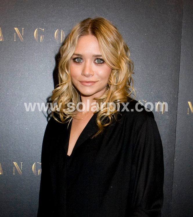 **ALL ROUND PICTURES FROM SOLARPIX.COM**.**SYNDICATION RIGHTS FOR UK, SPAIN, PORTUGAL, AUSTRALIA, S.AFRICA & DUBAI (U.A.E) ONLY**.The Celebrities Help Mango Celebrate the Prelaunch of Their Soho Flagship Store in New York,New York City in the USA. .This pic:Ashley Olsen..JOB REF:7972-PHZ/Janet Mayer    DATE: 20-11-08.**MUST CREDIT SOLARPIX.COM OR DOUBLE FEE WILL BE CHARGED* *UNDER NO CIRCUMSTANCES IS THIS IMAGE TO BE REPRODUCED FOR ANY ONLINE EDITION WITHOUT PRIOR PERMISSION*