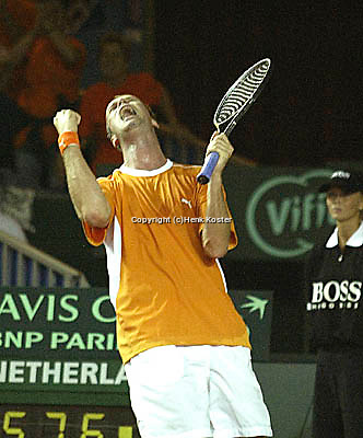 20030919, Zwolle, Davis Cup, NL-India, Martin Verkerk cellebrates his victort overBopanna