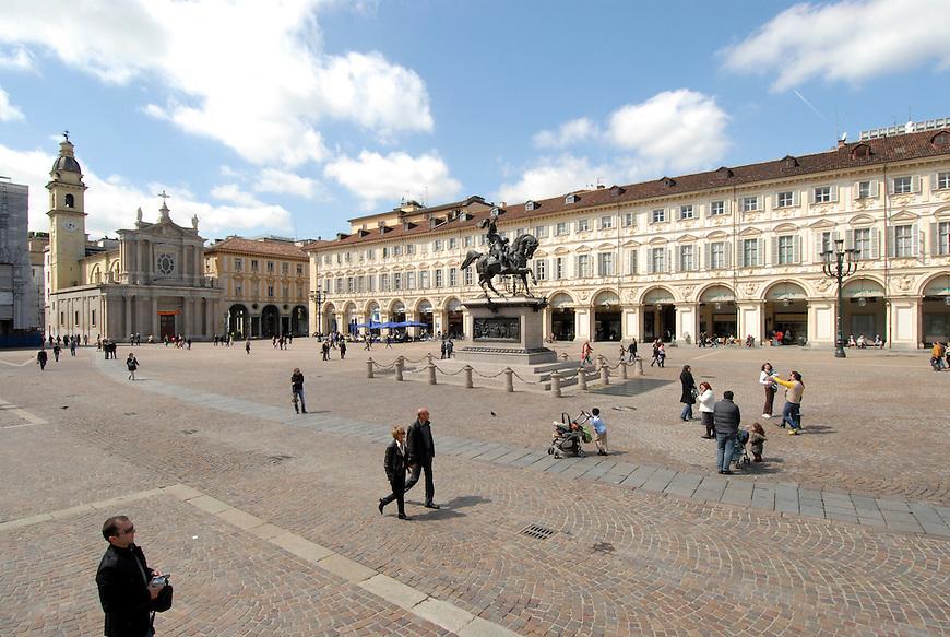 Piazza San Carlo.