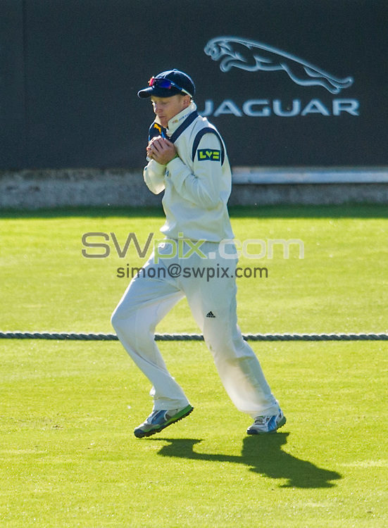 Picture by Allan McKenzie/SWpix.com - 26/09/2014 - Cricket - LV County Championship Div One - Yorkshire County Cricket Club v Somerset County Cricket Club - Headingley Cricket Ground, Leeds, England - Yorkshire's Jack Tatterhall takes a catch to dismiss Somerset's Marcus Trescothick.
