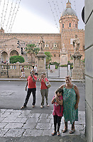 "Palermo; ""vittorio Emanuele"" road, in front of the cathedral..Palermo, corso Vittorio Emanuele, di fronte la cattedrale"