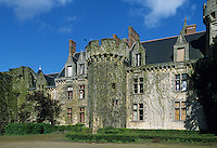 Europe/France/Pays de la Loire/Maine-et-Loire/Tigne : château de Tigne propriété de Gérard Depardieu AOC Anjou Village [Non destiné à un usage publicitaire - Not intended for an advertising use]