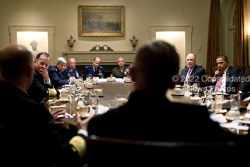 United States President Barack Obama meets with combatant commanders including, Chairman of the Joint Chiefs of Staff  Admiral Mike Mullen, left, in the Cabinet Room of the White House, Monday, January 11, 2010. .Mandatory Credit: Pete Souza - White House via CNP