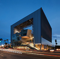 Emerson College Los Angeles, Morphosis
