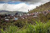 INDONESIA, Flores, the hillside town of Bajawa