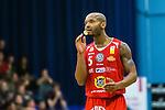 ****BETALBILD**** <br /> Uppsala 2015-04-24 Basket SM-Final 3 Uppsala Basket - S&ouml;dert&auml;lje Kings :  <br /> Uppsalas Thomas Jackson med ett tandskydd under matchen mellan Uppsala Basket och S&ouml;dert&auml;lje Kings <br /> (Foto: Kenta J&ouml;nsson) Nyckelord:  Basket Basketligan SM SM-final Final Fyrishov Uppsala S&ouml;dert&auml;lje Kings SBBK portr&auml;tt portrait