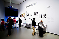 Illustration Ambiance - humour<br /> Parigi 16-10-2017 MoMa <br /> Esposizione Arte moderna <br /> Foto JB Autissier / Panoramic / Insidefoto