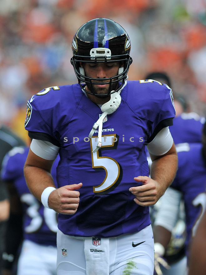 CLEVELAND, OH - JULY 18, 2016: Quarterback Joe Flacco #5 of the Baltimore Ravens runs off the field for halftime of a game against the Cleveland Browns on July 18, 2016 at FirstEnergy Stadium in Cleveland, Ohio. Baltimore won 25-20. (Photo by: 2017 Nick Cammett/Diamond Images)  *** Local Caption *** Joe Flacco(SPORTPICS)