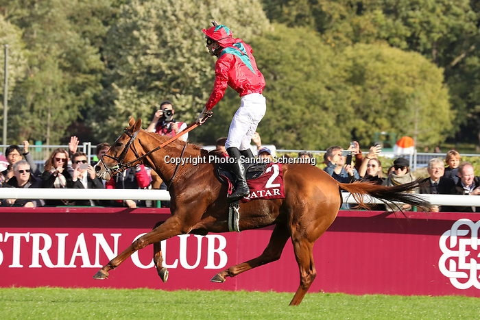 October 06, 2019, Paris (France) - Waldgeist (2) with Pierre-Charles Boudot up wins the Prix de l'Arc de Triomphe (Gr I) on October 6 in ParisLongchamp. [Copyright (c) Sandra Scherning/Eclipse Sportswire)]