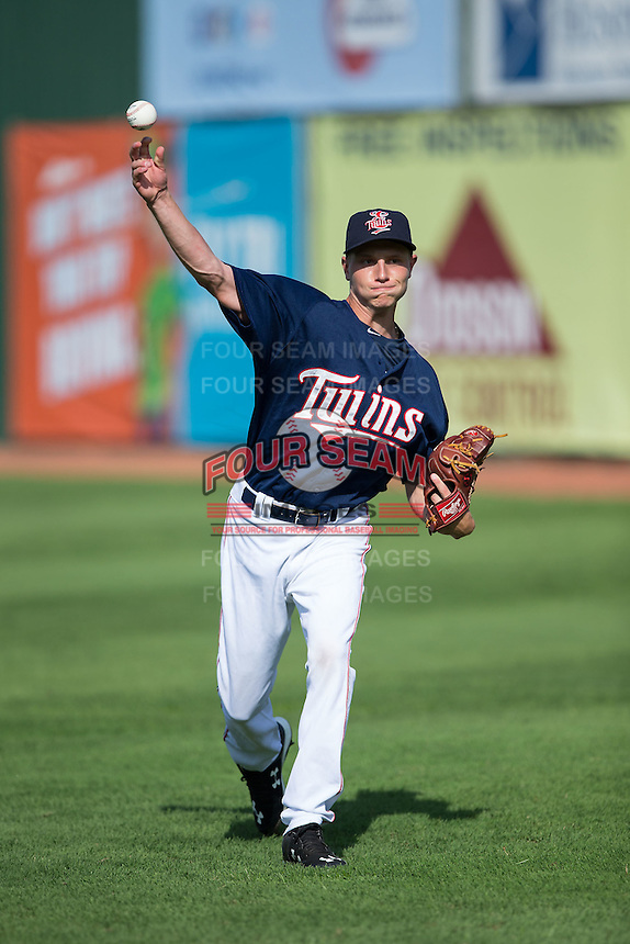 Elizabethton Twins starting pitcher Cody Stashak (18) warms up in the outfield prior to the game against the Johnson City Cardinals at Joe O'Brien Field on July 11, 2015 in Elizabethton, Tennessee.  The Twins defeated the Cardinals 5-1. (Brian Westerholt/Four Seam Images)