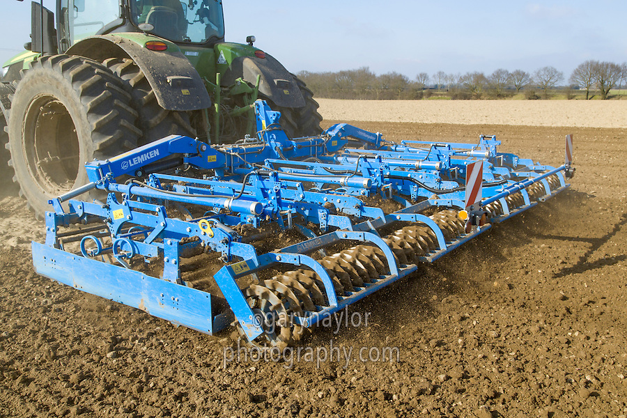 Lemken Kompaktor preparing sugar beet seed bed - Norfolk, March