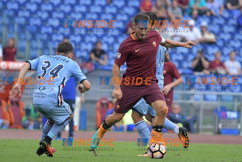 Francesco Totti Roma.<br /> Roma 11-09-2016  Stadio Olimpico<br /> Campionato Serie A,<br /> AS Roma - Sampdoria<br /> Foto Antonietta Baldassarre / Insidefoto
