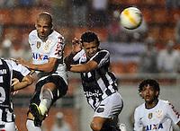 SAO PAULO SP, 16  MARCO 2013 - Paulistao 2013 - CORINTHIANS X UNIAO BARBARENSE  -  Lance  Emerson  durante partida valida pelo campeonato paulista de 2013 no Estadio do Pacaembu em Sao Paulo, neste sabado, 16. (FOTO: ALAN MORICI / BRAZIL PHOTO PRESS).