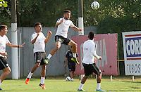 SANTOS, SP, 18.11.2015 - FUTEBOL-SANTOS - Thiago Maia do Santos durante sessão de treinamento no Centro de Treinamento Rei Pelé nesta quarta-feira, 18. (Foto: Flavio Hopp / Brazil Photo Press)