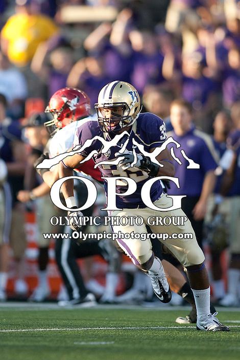 Sept 3, 2011:  Washington's Greg Walker against Eastern Washington.  Washington defeated Eastern Washington 30-27 at Husky Stadium in Seattle, Washington...