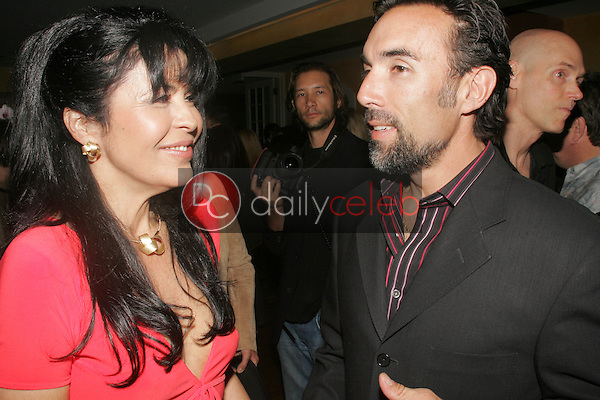 Maria Conchita Alonso and Francesco Quinn<br /> at an Evening at Frederic Fekkai on Rodeo Drive presenting the Leona Edmiston Spring and Summer 2006 collection and the Niessing Gold and Platinum Jewelry Collection, Frederic Fekkai, Beverly Hills, CA 10-15-05<br /> David Edwards/DailyCeleb.Com 818-249-4998