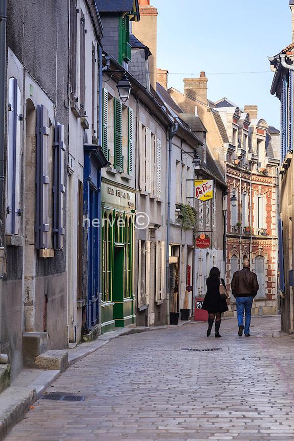 France, Cher (18), région du Berry, Sancerre, rue Saint-Jean // France, Cher, Sancerre, Saint-Jean street