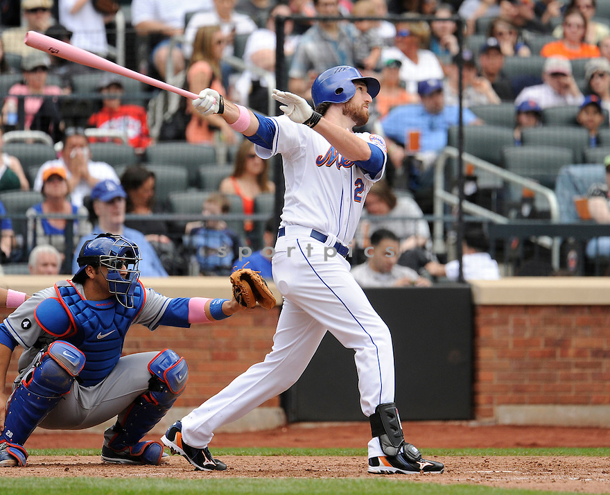 IKE DAVIS, of the New York Mets, in action during the Mets game against the Los Angeles Dodgers, on May 8, 2011 at CitiField in Flushing, New York.  The Dodgers beat the Mets 4-2.