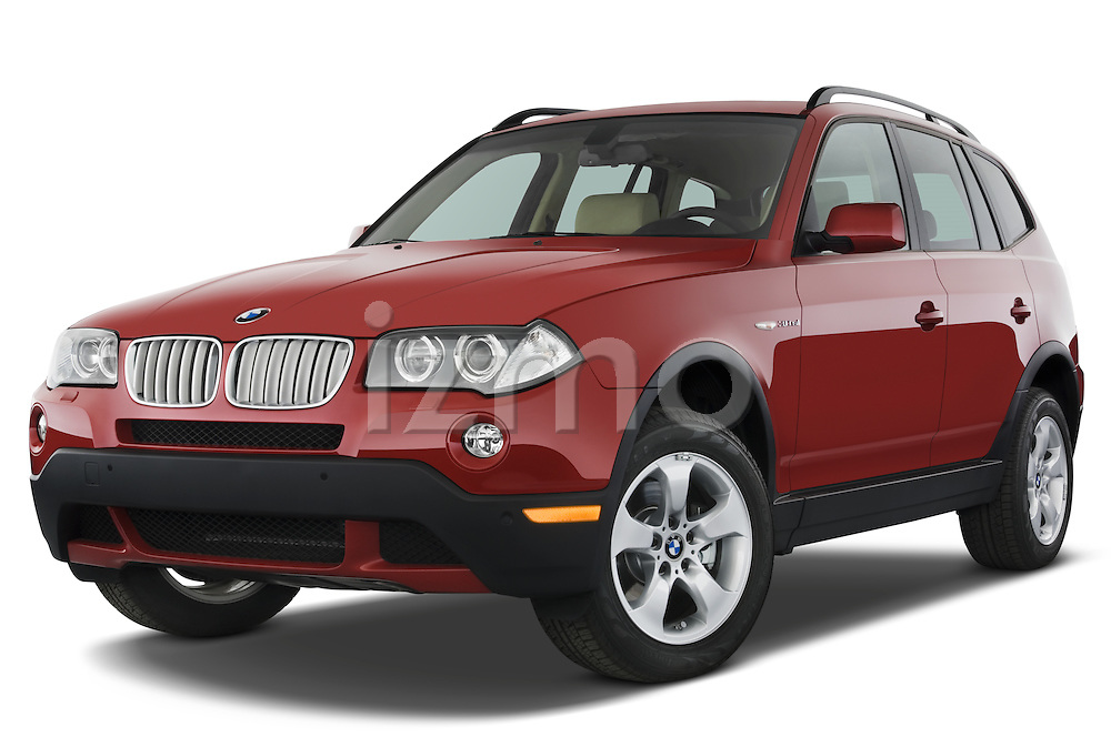 Low aggressive front three quarter view of a 2008 BMW X3.