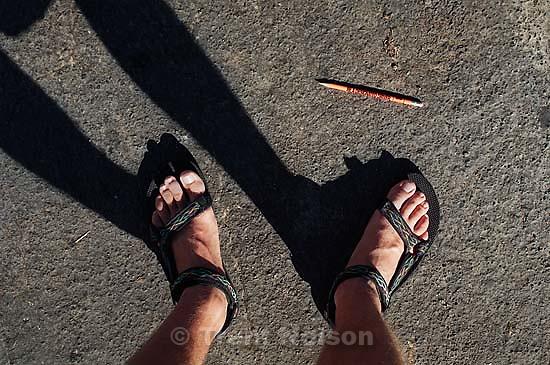Trent feet and pencil &quot;be a designated driver&quot;<br />