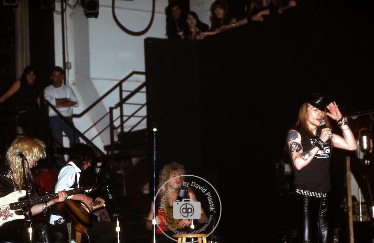 Guns-N-Roses-218.jpg
