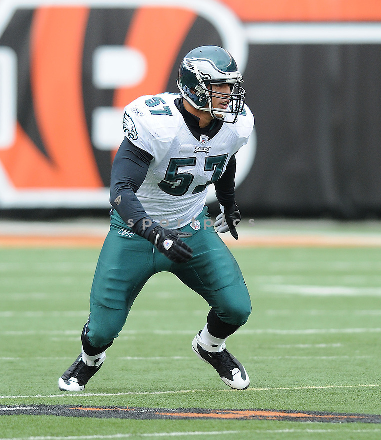 CHRIS COCONG, of the Philadelphia Eagles in action against the Cincinnati Bengals during the Eagles game in Cincinnati, Ohio on November 16, 2008..The game ended in a tie 13-13