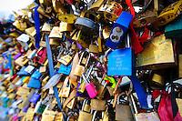 20121219 Lucchetti dell'Amore a Parigi