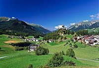 Schweiz, Graubuenden, Unterengadin, Tarasp Fontana mit Schloss Tarasp | Switzerland, Graubuenden, Lower Engadin, Tarasp Fontana with Castle Tarasp