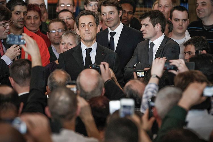 Nicolas Sarkozy, président de la République et candidat à sa réélection, visite l'entreprise Le Bronze Industriel spécialisée dans la fonderie et l'usinage d'alliages à Suippes, Marne, France. Jeudi 15 mars 2012 - 2012©Jean-Claude Coutausse / french-politics pour Le Monde
