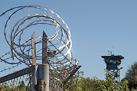 - Camp Ederle US Army base, guard tower in Longare detachment (former Site Pluto)....- base US Army di caserma Ederle, torre di guardia  nel distaccamento di Longare (ex Site Pluto)