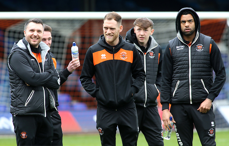 The Blackpool players share a joke before kick off<br /> <br /> Photographer David Shipman/CameraSport<br /> <br /> The EFL Sky Bet League One - Luton Town v Blackpool - Saturday 6th April 2019 - Kenilworth Road - Luton<br /> <br /> World Copyright © 2019 CameraSport. All rights reserved. 43 Linden Ave. Countesthorpe. Leicester. England. LE8 5PG - Tel: +44 (0) 116 277 4147 - admin@camerasport.com - www.camerasport.com