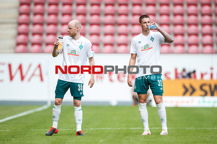 Davy Klaassen (SV Werder Bremen) und Marco Friedl (SV Werder Bremen), <br /> <br /> Sport: Fussball: 1. Bundesliga:: nphgm001:  Saison 19/20: 33. Spieltag: 1. FSV Mainz 05 vs SV Werder Bremen 20.06.2020<br /> Foto: Neis/Eibner/Pool/via gumzmedia/nordphoto<br />