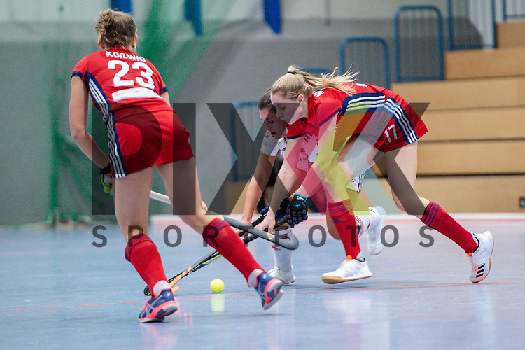 Mannheim, Germany, December 01: During the Bundesliga indoor women hockey match between Mannheimer HC and Nuernberger HTC on December 1, 2019 at Irma-Roechling-Halle in Mannheim, Germany. Final score 7-1. Lisa Mayerhoefer #17 of Mannheimer HC<br /> <br /> Foto © PIX-Sportfotos *** Foto ist honorarpflichtig! *** Auf Anfrage in hoeherer Qualitaet/Aufloesung. Belegexemplar erbeten. Veroeffentlichung ausschliesslich fuer journalistisch-publizistische Zwecke. For editorial use only.